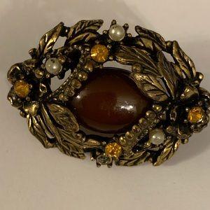 Vintage brooch with tiger eye